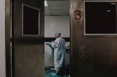26730 Госпитализированные пациенты с Covid-19 в среднем моложе и здоровее пациентов с гриппом