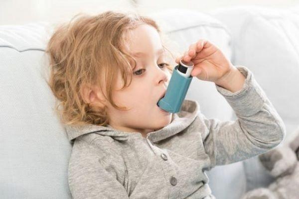 У рожденных после кесарева удваивается риск астмы и аллергии