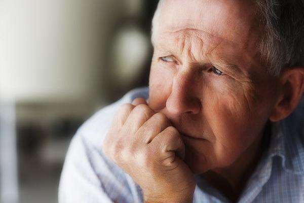 Одиночество: 8 наиболее серьезных проблем со здоровьем, которые связаны с ним